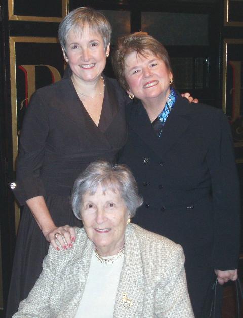 Deborah Moldow(R), Monica Willard and Mrs. Helen Moldow (Deborah's proud mother!).