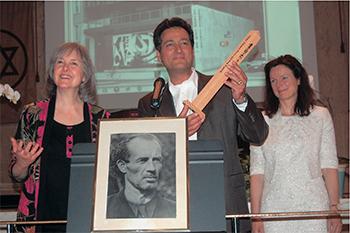 Peace-Pole-Award-Bruno-Groening-Circle-of-Friends-2013