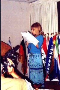 200_Bryn_Stalvey_at_Pentagon_Ceremony,_Sept_22,_2000