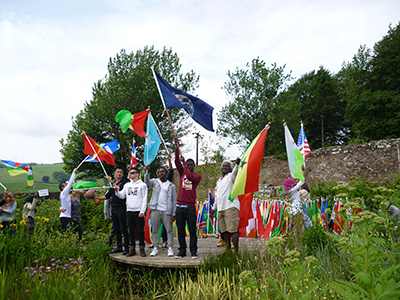 Refugees-from-Anniesland-College-Glasgow-Allanton-Sanctuary-Auldgirth-Dumfrieshhire-SCOTLAND-UK_02