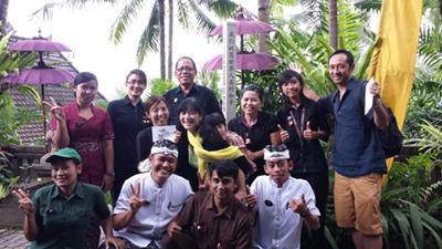 Peace-Pole-Bali-Indonesia-01