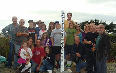 Peace-Pole-International-Day-of-Peace-Southern-Oregon-USA