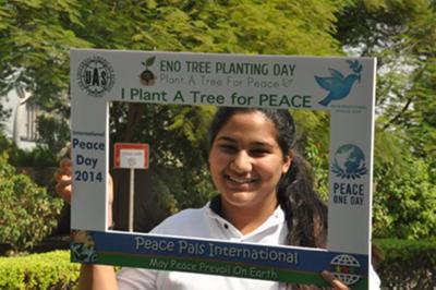 Plant-A-Tree-For-Peace-peace-Tour-in-Dubai-03