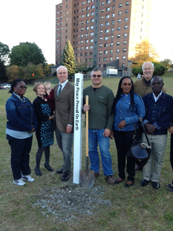 Albany-New-York-Peace-Pole-USA-02